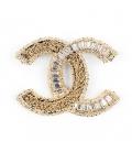 Chanel Brooch Gold